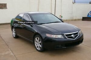 2004 ACURA TSX IN GOOD CONDITION!