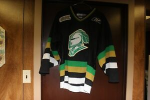 LONDON KNIGHTS  JERSEY     ADULT SMALL London Ontario image 1