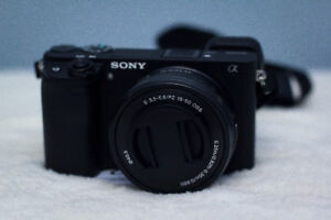 Sony - Alpha a6300 Mirrorless Camera with 16-50mm and 55-210mm