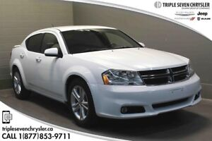2013 Dodge Avenger SXT Sedan Heated Seats AND IN Great Condition