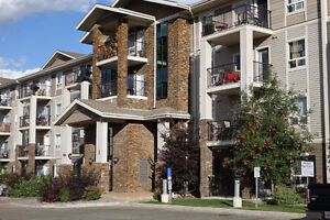 Beautiful condo with easy access to Anthony Henday DR