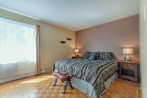 Grande unifamiliale de 4 chambres dans Vaudreuil West Island Greater Montréal image 5