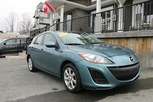 2011 Mazda 3 GX / 2.0L I4 / Auto / FWD **Just In**