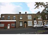 2 bedroom flat in John Street, Rossendale, BB4