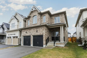 Just Listed! Stunning 4 bdrm home on Battalion Drive in Angus!