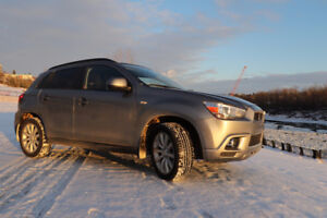 2011 Mitsubishi RVR GT (winter tires included)