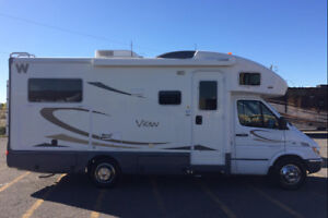 Beautiful Motorhome for rent! Special weekly and monthly rates!