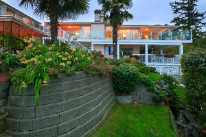 Meticulously Maintained Cordova Bay Home