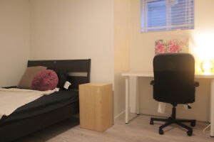 Beautiful Furnished 3BR Suite Perfect for UBC/Langara Student