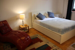Large Furnished Room at Yonge & St. Clair