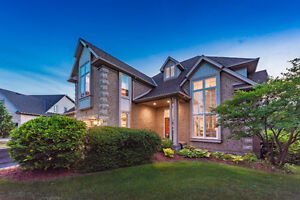 Estate Home IN THE CITY.   Guelph South End
