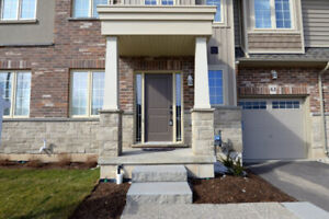 Beautiful 3 BR/ 2.5 washroom town home in  Grimsby Beach Area