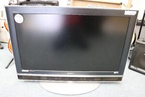 **AMAZING** Sony Bravia KDL-V40XBR1 40 inch LCD TV - 16157