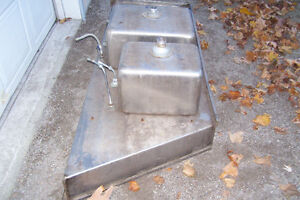 INDUSTRIAL DOUBLE STAINLESS SINK WITH LARGE COUNTER AREA Stratford Kitchener Area image 5