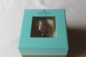 KATE SPADE NEW YORK - scallop Activity Tracker new never opened