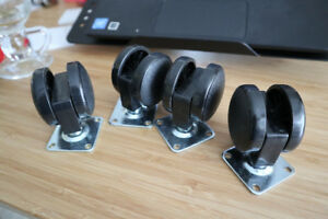 4 bottom mounted casters, new