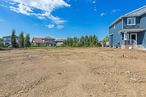 Build your Dream Home on this 40' Pocket Lot in Ardrossan!!