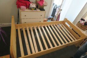 Single Wood Bed Frame