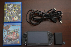 PlayStation Vita / PS Vita  + 2 Games + 8 GB Memory Card