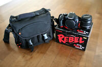 Canon Rebel T2i with bag