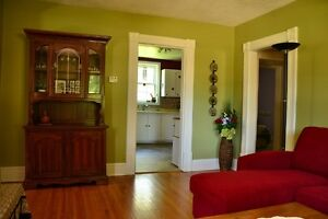 Cozy little cottage for rent in Goderich/Lake Huron London Ontario image 5