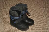 Boys Kamik Winter Bookts Size 8