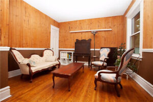 3 BEDROOM APT WITH LARGE TERRACE-DECK IN ST CLAIR