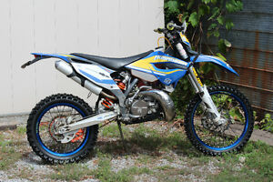 Husaberg te300 rare blue plated ownership, vet rider