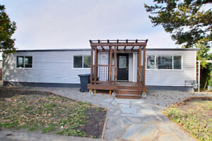 SAVONA FAMILY HOME WITH DETACHED SHOP - $289,900