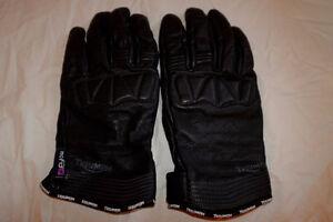 Triumph Mens Leather Riding Gloves $50