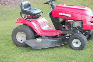 Ride on lawn mower 15.5 HP