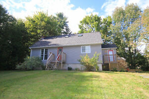 COZY AND AFFORDABLE 1.5 STOREY HOME!