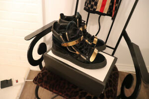 *Size 7.5 Giuseppe Zanotti Gold Buckle High Top Sneakers*
