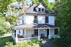 11 Seaview Ave. House for rent/Short term/ Available Immediately