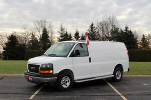 2016 GMC Savana G2500 Cargo Van**No Accidents**LOW KM*