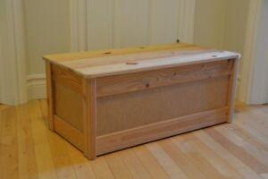 Coffre en bois IKEA