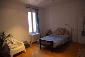 Fall/Winter Sublet Available Oct 1