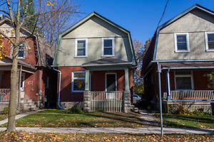 MAY 2016-STUDENTS - GORGEOUS 5 BEDROOM HOME CLOSE TO DOWNTOWN London Ontario image 7