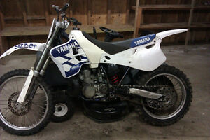 1993 YZ 250 project  + full parts bike.
