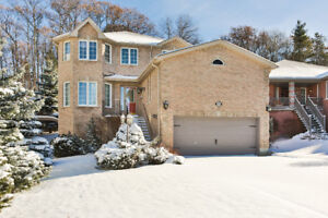 Beautiful 2-storey house with good size bedrooms for Lease!