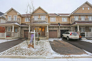 Stunning Milton Townhouse Featured in the best location!