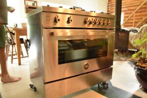 Cuisinière au gaz / ITALIENNE BERTAZZONI