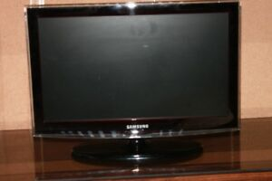 TV Samsung 22 pouces LCD Full HD 1080P