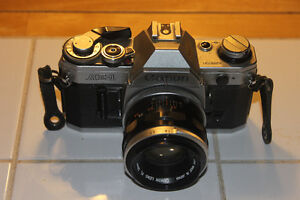 Canon AE-1 35mm Film Camera with 50mm 1:1.8 Lens