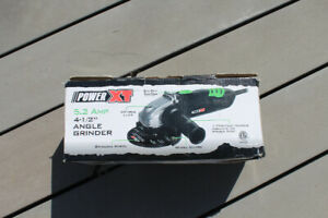 Angle Grinder 4 1/2 in 5.2A - Excellent Condition!