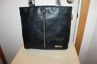 Kenneth Cole Designer Bag - New - Black