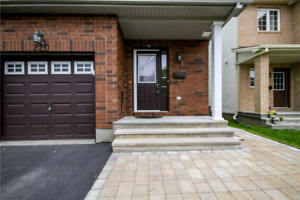 Beautiful END of UNIT TOWN HOUSE for sale