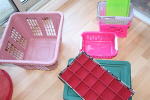 ASSORTED SIZED TOTES AND ORGANIZERS