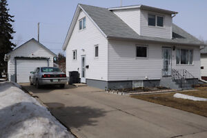 Here's a great starter home located in west Yorkton.