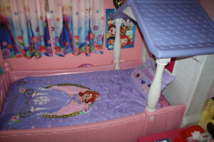 COTTAGE TWIN BED FOR GIRLS